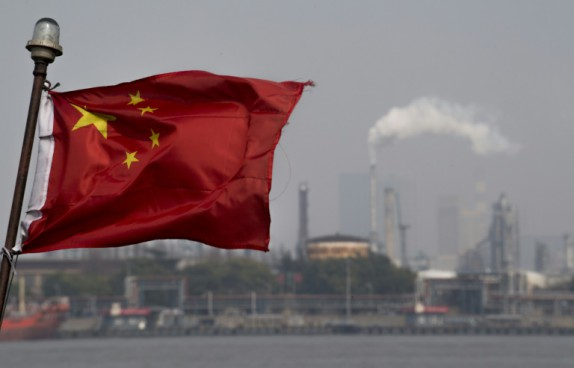 Crise commerciale nouveau bond de l 39 exc dent chinois avec for Le commerce exterieur