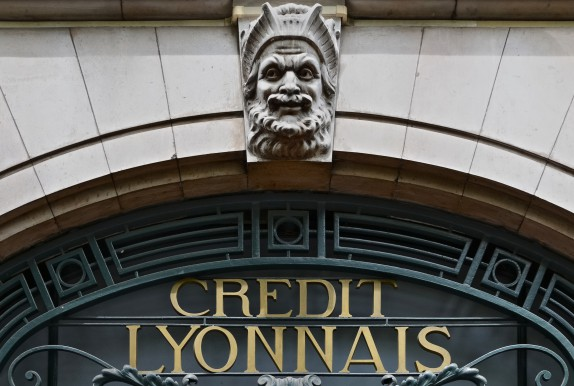 Banque Lcl Prevoit De Supprimer Plus De 750 Emplois