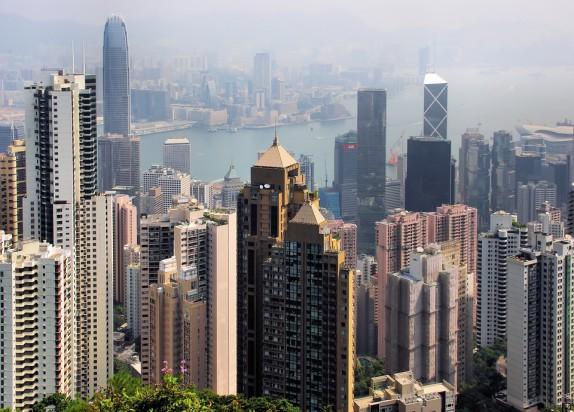 Immobilier une parcelle vendue 3 milliards de dollars hong kong - Farbiges modernes appartement hong kong ...