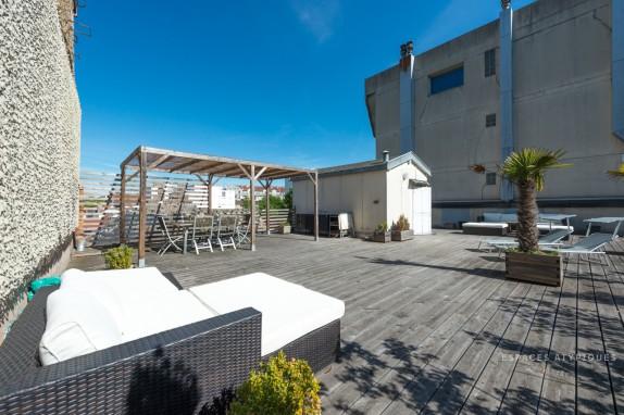 En Images A Vendre Appartement Toit Terrasse Dans Un Immeuble