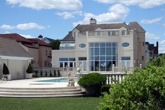 Immobilier le march des biens de luxe retrouve des couleurs - Couleurs du sud immobilier ...