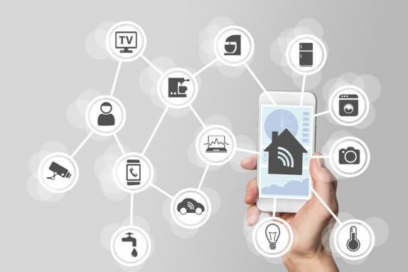 Domotique comment l 39 internet des objets va transformer notre logement - Objet domotique dans une maison ...