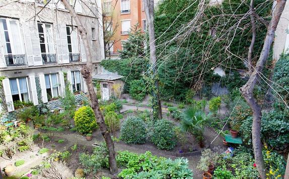 EN IMAGES. À vendre : magnifique loft parisien avec terrasses