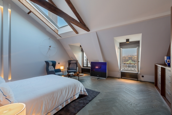 En images vendre exceptionnel penthouse devant le mus e d 39 orsay for Suite parentale m paris
